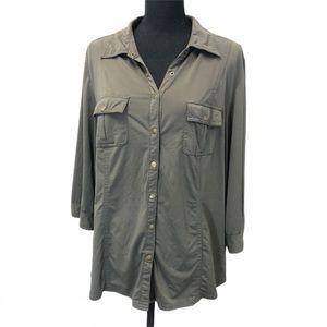 REITMANS plus size snap front blouse